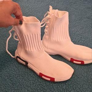 Size 5 White Strechable Boots Korean Hiphop Shoes